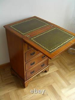 Antique Bachelors Chest of Drawers/Desk, superb condition