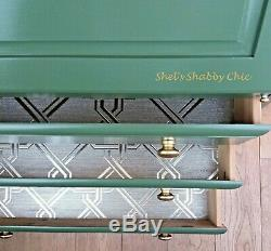 Painted Vintage Bureau / Home Office / Writing Desk / Bedroom Chest of Drawers