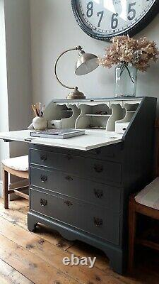 Vintage painted Farrow and Ball Bureau/study/computer desk/chest of drawers